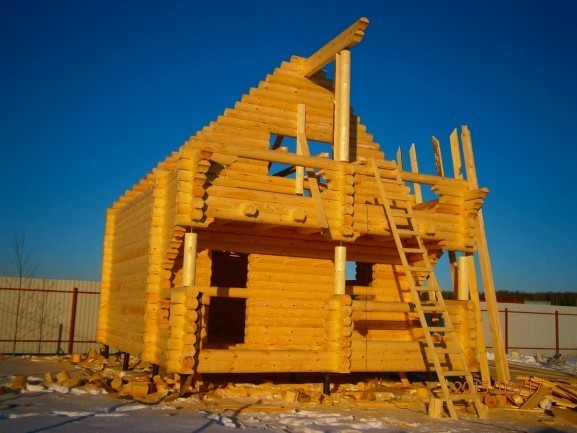 Небольшой дачный дом из ОЦБ 220 мм