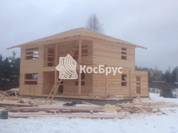 Строительство двухэтажного дома 8 на 8 из профилированного бруса 140х190 мм.